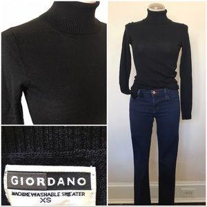 Vintage black turtleneck thin sweater